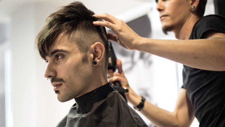 Los maestros peluqueros de Intercoiffure Murcia protagonizan una jornada magistral